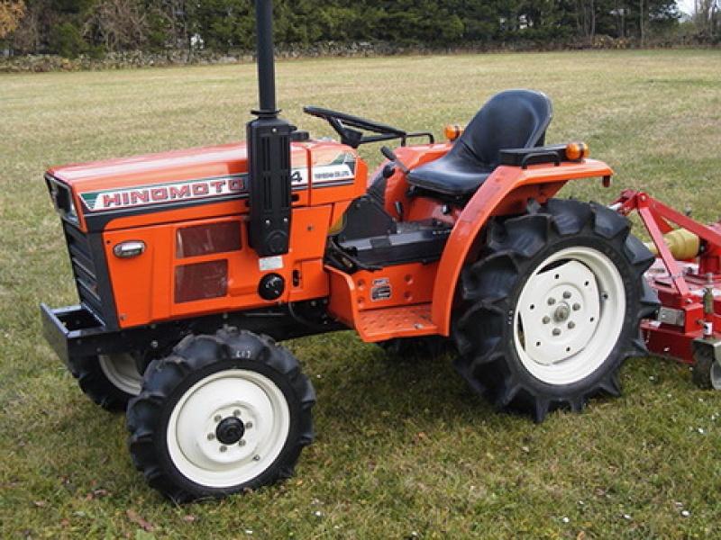 Tractor japonez Hinomoto C174