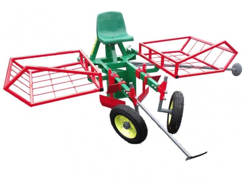 Mașină de plantat pomi