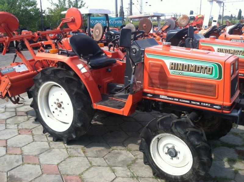 Tractor japonez Hinomoto N200